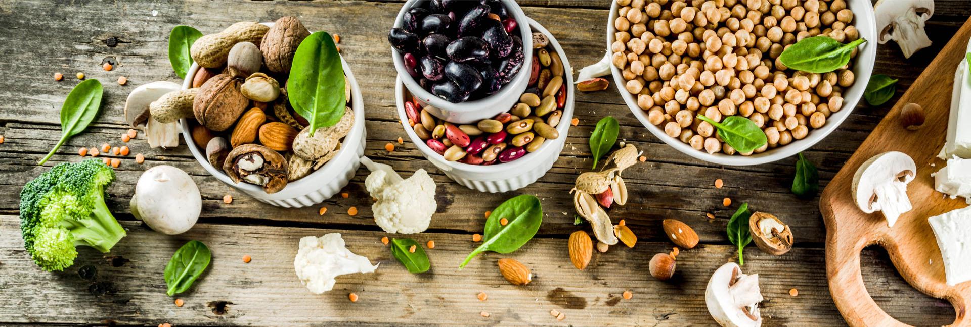 Vegetarische Ernährung, Pilze, Bohnen, Nüsse, Tofu, Gemüse, Kichererbsen